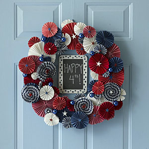 july-wreath-m