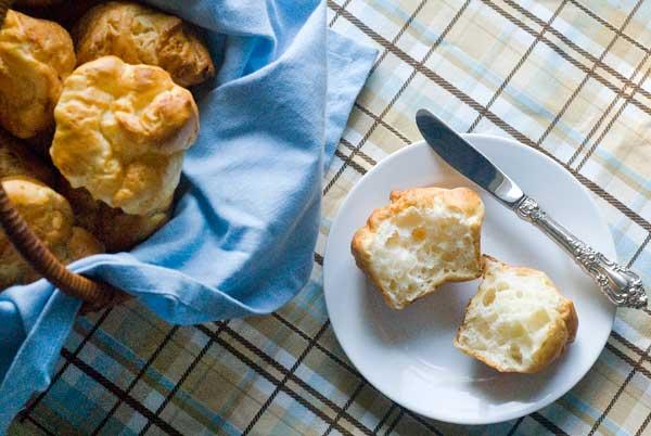 gluten-free-dairy-free-soft-dinner-rolls-web