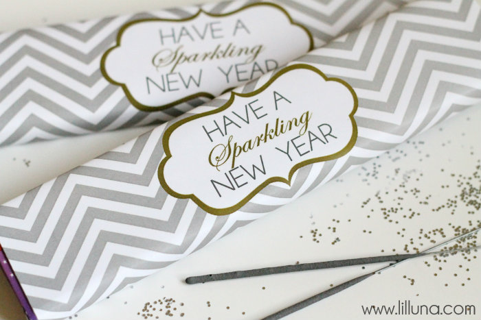 Cute-New-Years-Gift-Idea-Have-a-Sparkling-New-Year-printable-on-lilluna.com-newyears