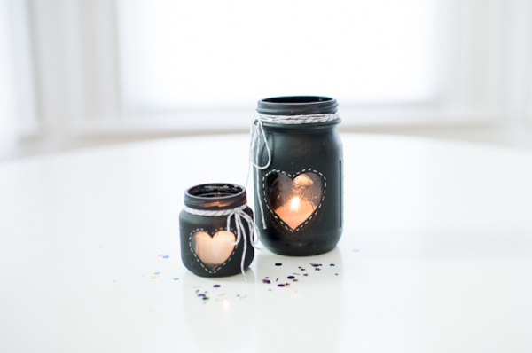 DIY-Chalkboard-Mason-Jar-Candle-Centerpiece_0008