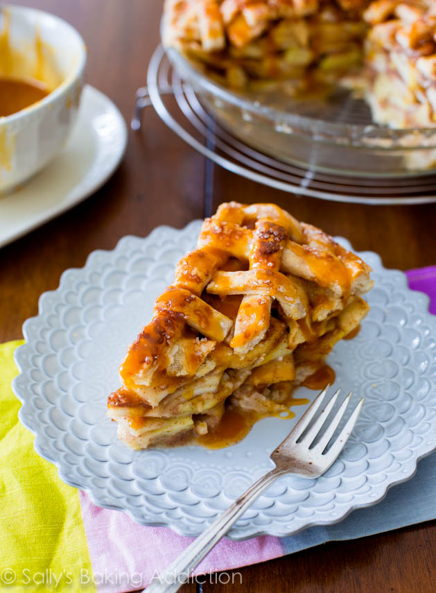 Salted-Caramel-Apple-Pie-13